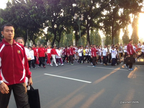 berhasil melewati rombongan Pak Presiden SBY