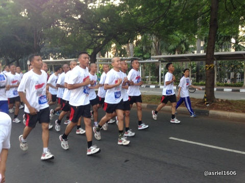 Salah satu kelompok Prajurit TNI yang kompak berlari