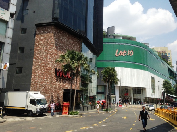 A Lot 10, one of the tourism destination for shopping where H&M Flag as a main destination to shop