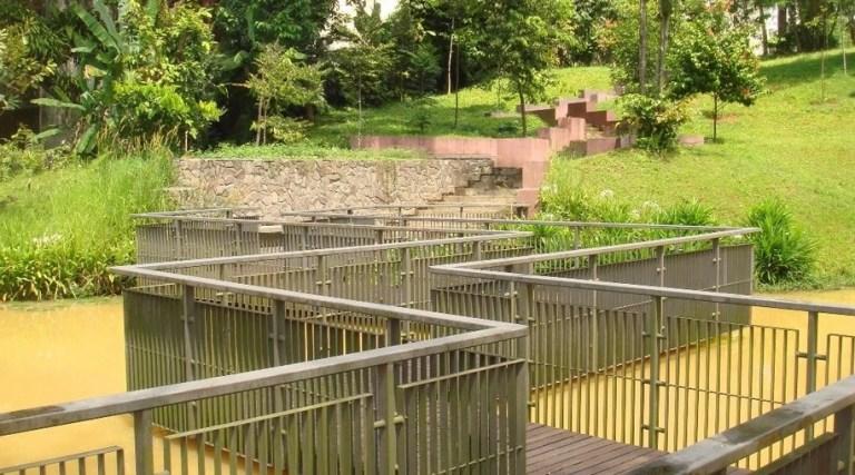taman dusun bandar KL